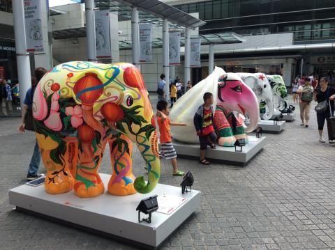 WWF joins The Asian Elephant Foundation to raise jumbo bids for the Elephant Parade's Hong Kong gala auction