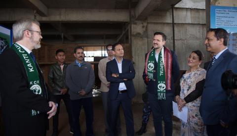 Utviklingsminister Ulstein besøker Nepals første barnepsykiatriske klinikk