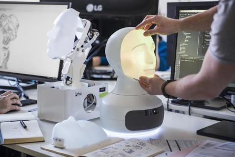 Replacing a mask