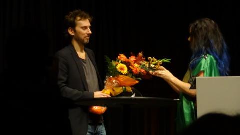 Björk överlämnade nordiskt filmmusikpris till Fredrik Emilson