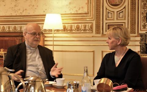 Anders Arborelius i samtal med Margot Wallström
