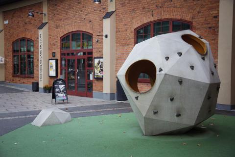 Stockholms läns museum styr om kursen – blir mer digitala