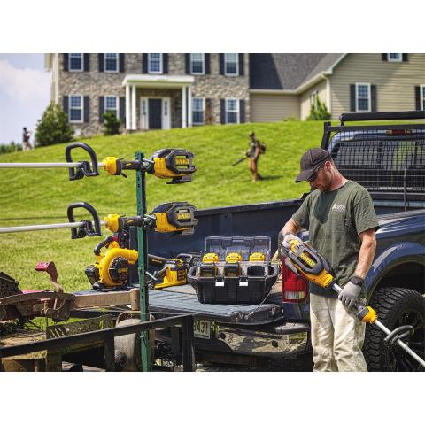 DEWALT® Continues to Expand 40V MAX* System for Landscapers