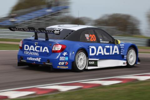 Rätta känslan i Dacia Dealer Team inför STCC-premiären