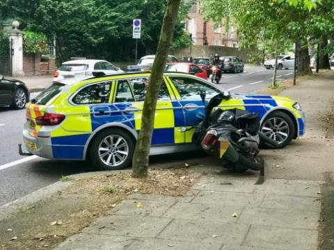 Met reveals range of tactics used against moped thieves