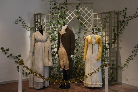 A Sense of Jane Austen - B