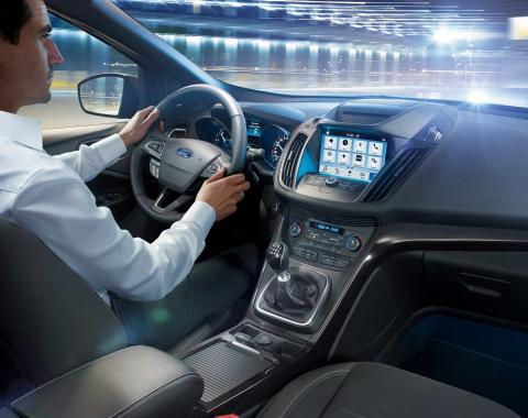 Ford SYNC 3 již dnes podporuje ovládání hlasem