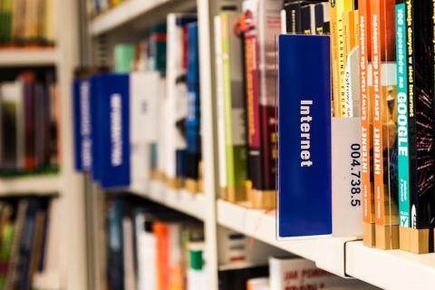 Meröppet på Lindesbergs stadsbibliotek ger ökad tillgänglighet
