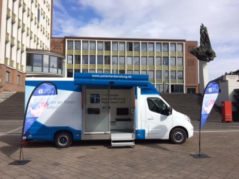 Beratungsmobil der Unabhängigen Patientenberatung kommt am 28. August nach Düren.