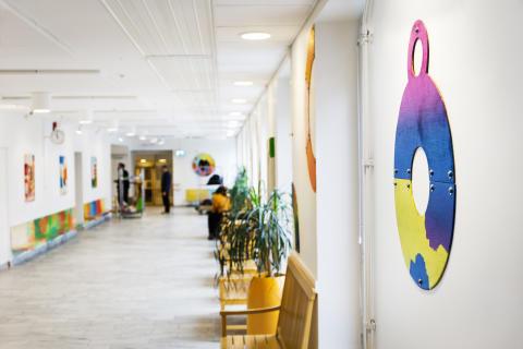 Barns vårdmiljöer berikas med konst
