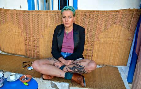 Från topless rebell till redaktör för ett feministiskt magasin