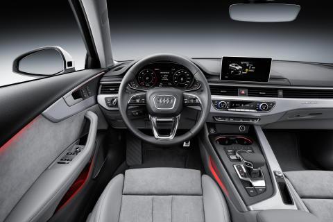 Audi A4 allroad quattro interiör medium