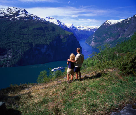 En miljon svenska nätter i Norge