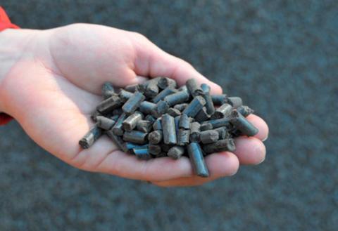 SVU-rapport 2013-24: Från bioavfall till bionäring – hållbara kretslopp med rötning och gödsling (Avlopp & Miljö)