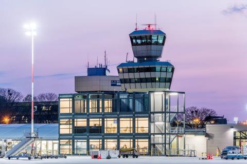 Laadukasta ja mukavaa lennon odottelua Berliinin Tegelin lentokentällä