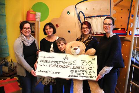 Lessingschule Leipzig bedenkt Bärenherz erneut mit einer Spende