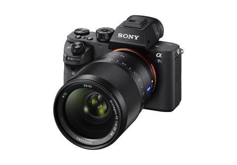 Sony lanserar tillägg för nya α-kameror: Okomprimerad stillbildsfotografering i 14-Bit RAW