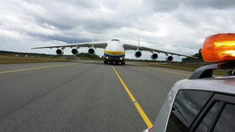 Bilder og video fra ankomst Antonov AN-225