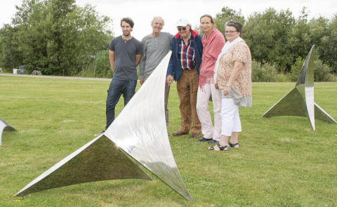 Nya vackra och fantasieggande skulpturer vid Svalövssjön!