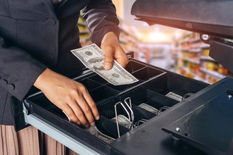 Erhöhte Vorsicht bei der Kassenführung bei bargeldintensiven Betrieben!