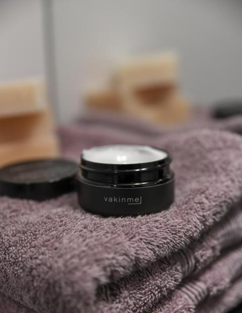 Vakinme facial cream