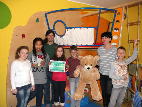 Spendenlauf in der Brüder-Grimm-Schule Leipzig: Bärenherz erhält Unterstützung