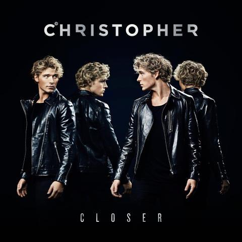 Christopher bringer lytterne tæt på med nyt forårsalbum
