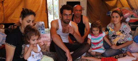 Deras hopp står till kyrkan: PMU bistår irakiska internflyktingar i Erbil