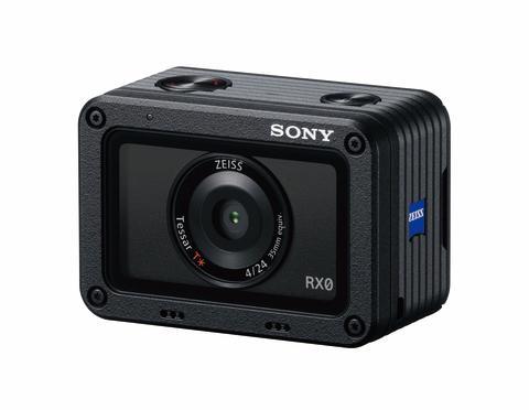 Sony_DSC-RX0_02