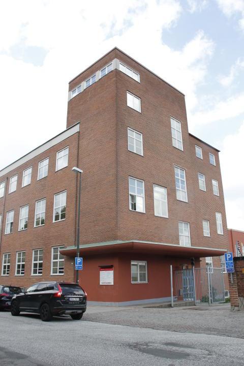 Brännaren 8, kontorsfastighet mot Agneslundsvägen