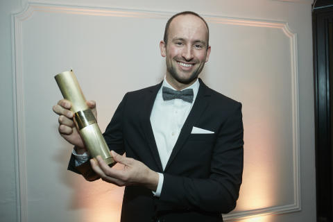 Robotik Start-up Magazino gewinnt LEO Award 2017