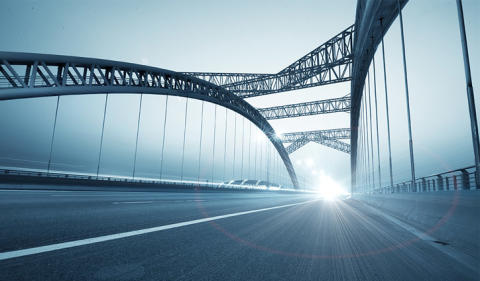 Kuka rakentaisi sillan datan ja liiketoiminnan välille? Pieni tarina ennustamisesta.