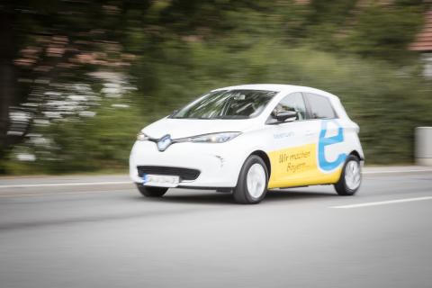 Mit seinen neues E-Autos will das Bayernwerk Elektromobilität im Alltag erfahrbar machen.