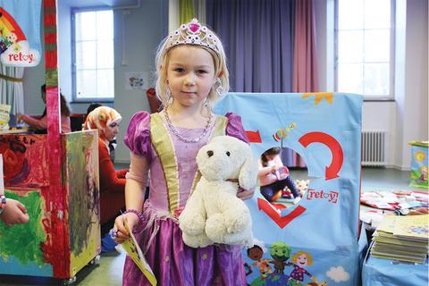 Blockets samarbetspartner Retoy lanserar leksaksbytes-kit till förskolor – så kan hållbarhet och cirkulär konsumtion läras ut till barn