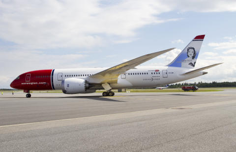 Norwegianin ensimmäinen Dreamliner saapui Skandinaviaan