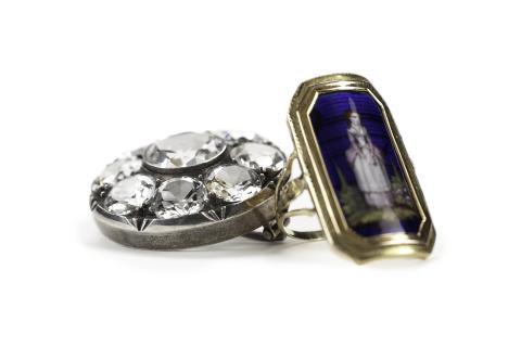 Brosch och ring – 1700-tal.