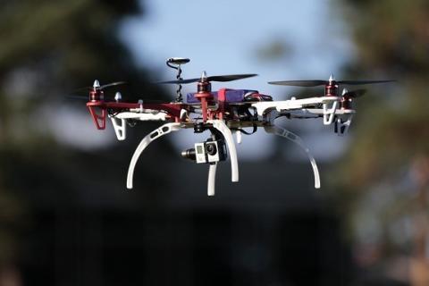 Klare regler for droner rundt Avinors lufthavner - Avinor