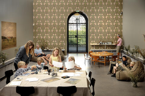 Sommerferie med tegneværksted og akvareller på Malerisamlingen