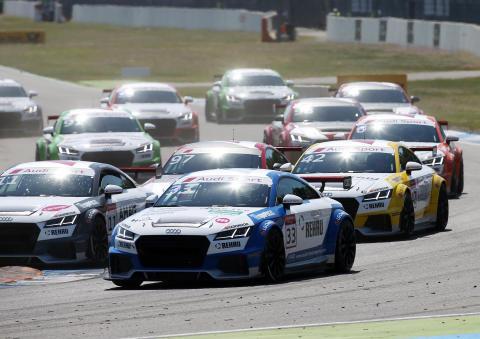 Simon Larsson race 1 på Hockenheim Audi Sport TT Cup