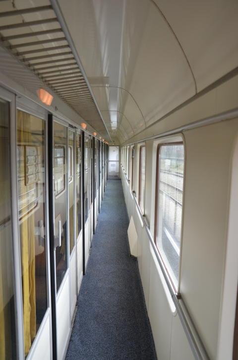 Innenansicht Abteilwagen derschnellzug.de - hier: Seitengang