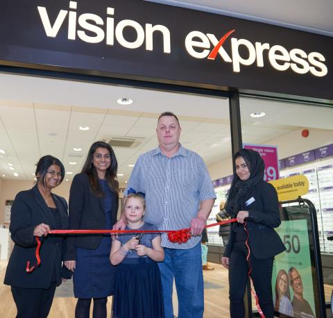 Father shares story of daughter's battle with rare eye cancer as she helps unveil newly refurbished Edgware opticians