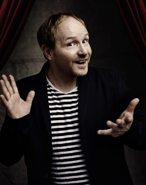 Morgan Allings hyllade soloföreställning till Stockholm i höst