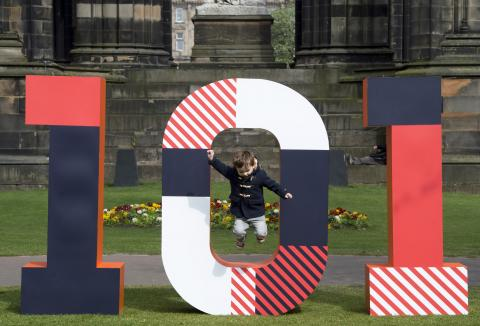 The Story of Edinburgh Unveiled in 101 Objects