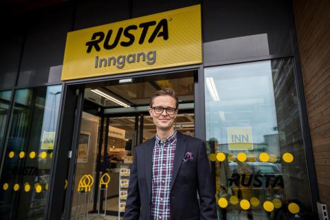 Den svenske lavpriskjeden Rusta pangstarter året i Norge – åpner tre varehus på en uke