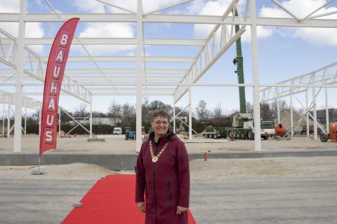 Borgmester i Gladsaxe, Trine Græse, til grundstensnedlæggelse ved det kommende byggevarehus