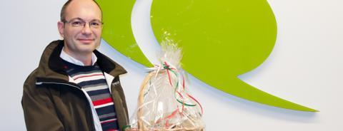 André en av vinnarna i QuestBacks julquiz