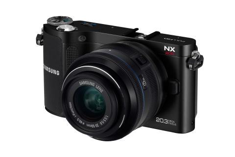 Camera NX200