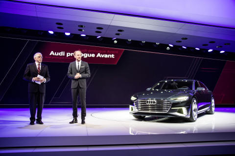 Prof. Dr.-Ing. Ulrich Hackenberg (Member of the Board of Management of AUDI AG for Technical Development); next to Marc Lichte (Head of Design of AUDI AG); and the Audi prologue Avant on the Geneva Motors