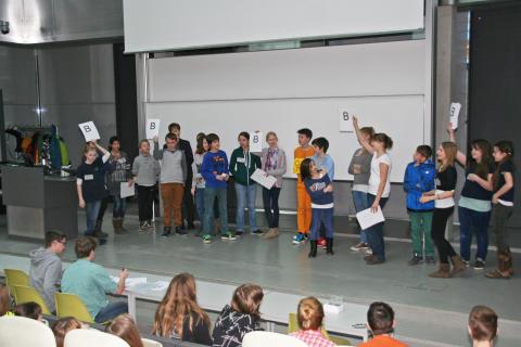 """10. Tag der Naturwissenschaften"""" für Schülerinnen und Schüler der 6. Klassen am 16. Februar 2016 an der Technischen Hochschule Wildau"""
