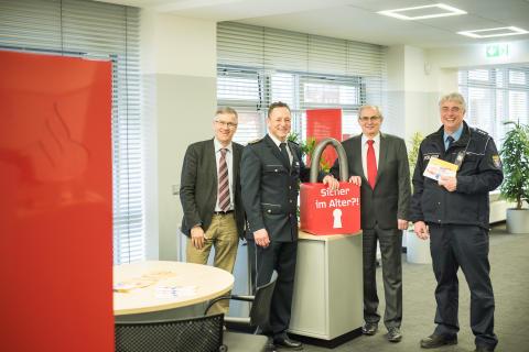 """""""Sicherheit im Alter"""":  Santander unterstützt Polizei bei Aufklärungskampagne"""